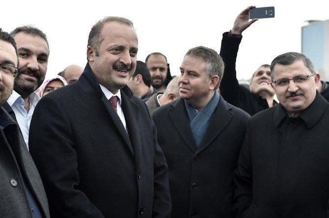 Bayırbucak Türkmenlerine Yardım Konvoyu Dualarla Uğurlandı