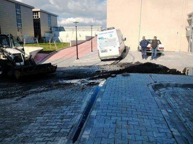 Ayvalık Devlet Hastanesindeki Yakıt Tankındaki Sızıntı Korkuttu