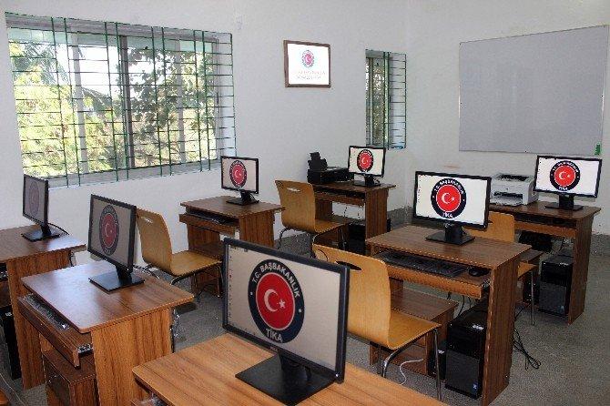 TİKA'dan Arakanlılara Mesleki Eğitim Desteği