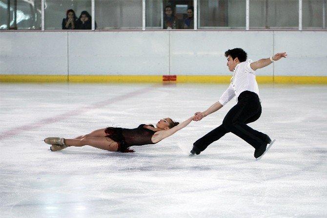 Artistik Buz Pateni Şampiyonası'nda Büyük Başarı