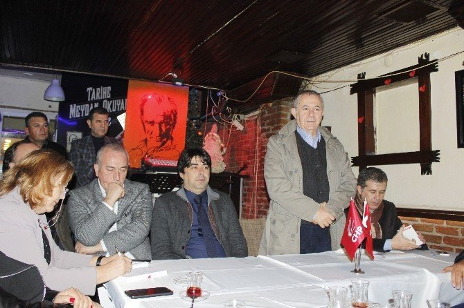 CHP'den Foça İlçe Ziyareti