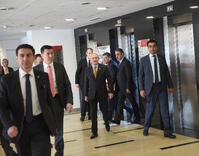 CHP Parti Meclisi, Aylin Nazlıaka İçin Toplandı
