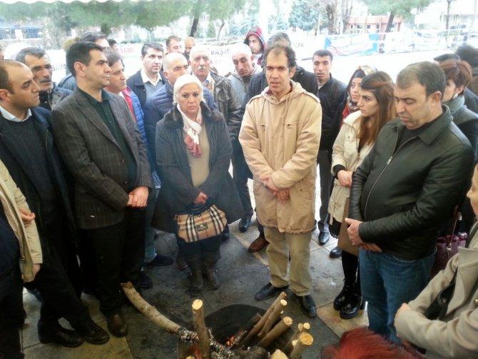 """""""HDP'yi ve STK'ları PKK'ya şiddete son verme çağrısında bulunmaya çağırıyoruz"""""""