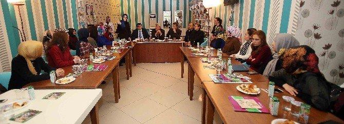 """Başkan Karaosmanoğlu: """"Bilgi Evleri Medeniyet Havzasıdır"""""""