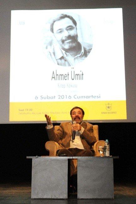 """Ahmet Ümit: """"Yazar Olmamı Kenan Evren Sağlamıştır"""""""