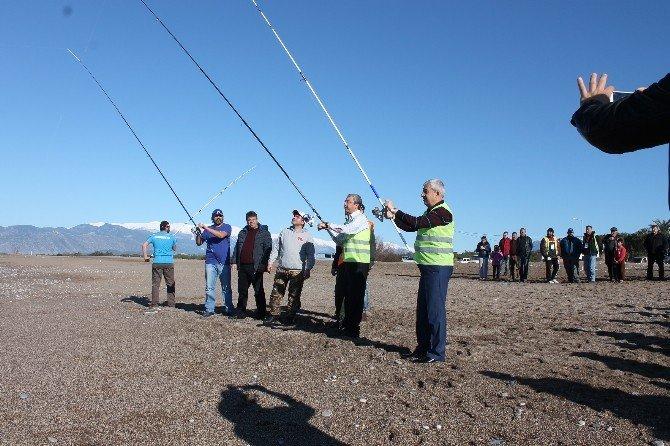Kumluca'da Balık Tutma Yarışması