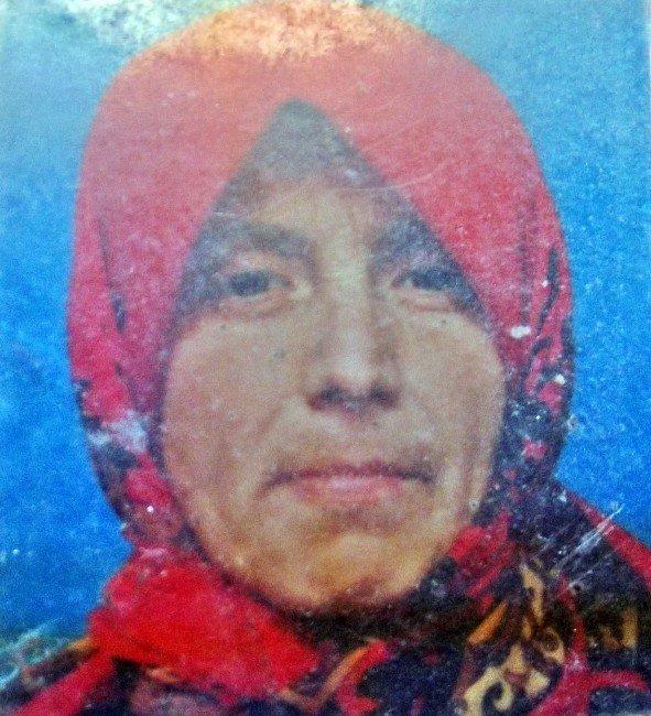 Demirci'de Bir Kadın Ölü Bulundu