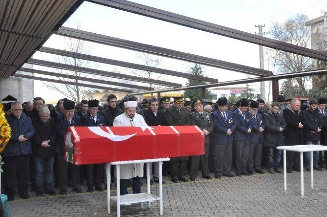 63 Yaşındaki Kıbrıs Gazisi Askeri Törenle Son Yolculuğuna Uğurlandı
