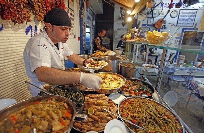 İzmir Mutfağı Unutulma Tehlikesinde