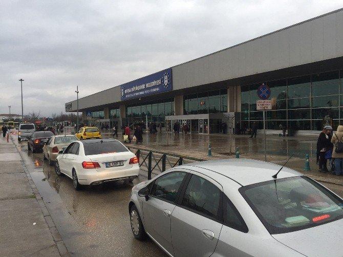 Terminalde Yolcu İndirme Sıkıntısı
