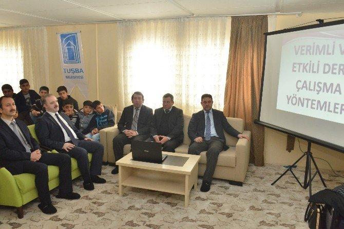 Tuşba Belediyesi'nden 'Verimli Ve Etkili Ders Çalışma' Semineri