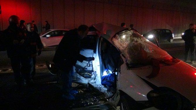 Ümraniye'de feci kaza: 2'si ağır 5 yaralı