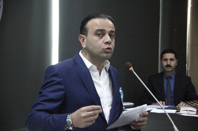"""Büyükşehir Meclisi'nde """"Vekillik"""" Krizi"""