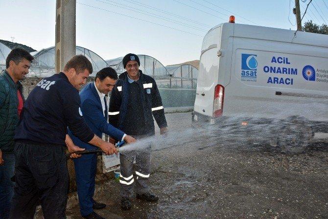Demre'de 50 Yıllık Asbestli Borular Değiştirildi