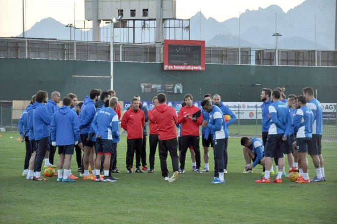 Samuel Eto'o: Fenerbahçe maçını unutup, Eskişehir maçıyla seri yakalamalıyız