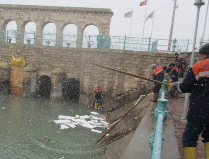 Beyşehir Gölü'nün Kıyılarında Belediyeden Temizlik Seferberliği