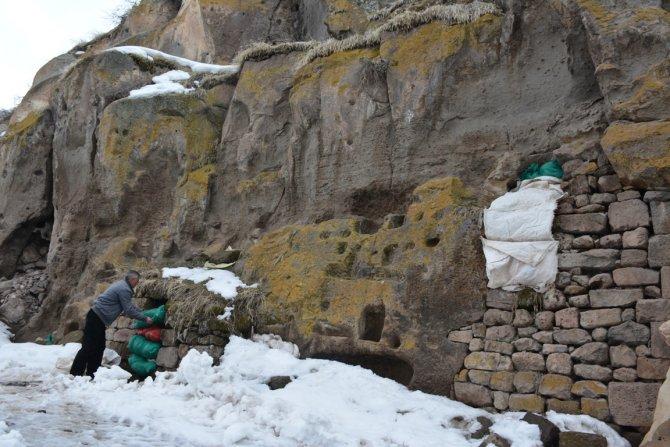 'Harabe şehir' yazın turistleri, kışın ise patatesleri ağırlıyor