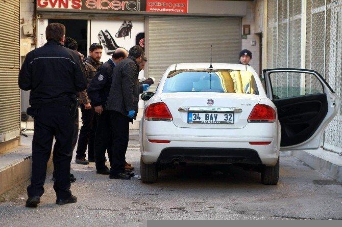 Kiralık Otomobilde Molotof İhbarı Polisi Alarma Geçirdi