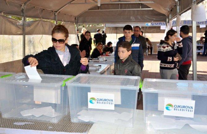 Çukurova'da spor tesisi için referandum yapıldı