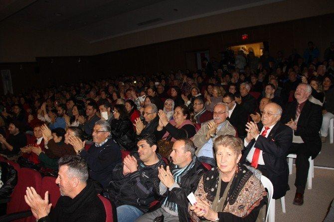 Didim'de SES Yarışmasında Türkü Ziyafeti Çekildi
