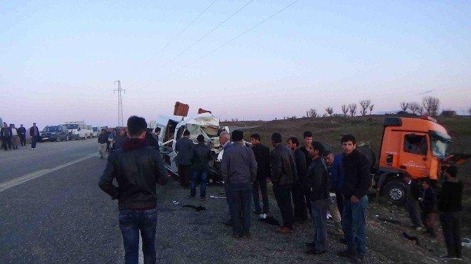 Diyarbakır'da Feci Kaza: 7 Ölü, 16 Yaralı