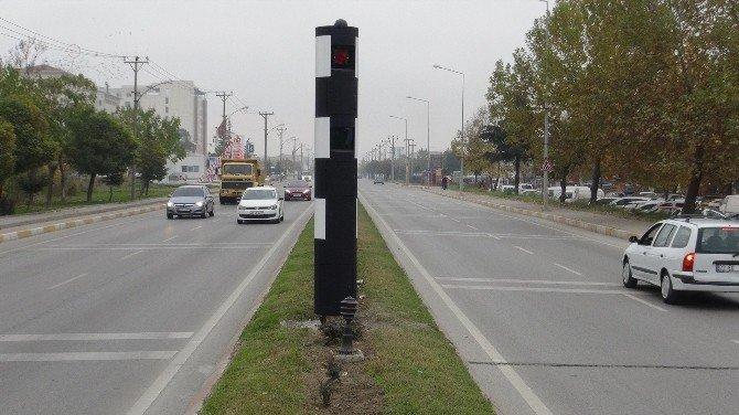 Ehliyetine El Konulan Genç Sinirini 'Kule Radar'dan Çıkardı