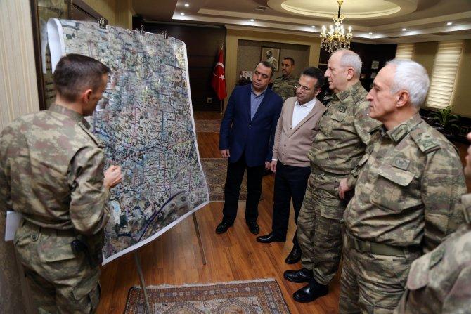 2. Ordu Komutanı Huduti 'Sur Kriz Yönetim Toplantısı'na katıldı