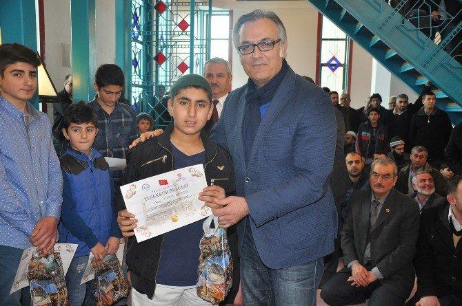 Müftülükten Camiye En Çok Giden Öğrencilere Ödül