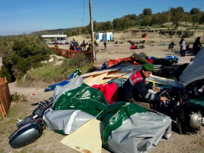 İzmir'de 971 kaçak göçmen ve 24 organizatör yakalandı