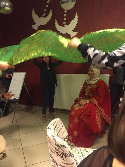 Speaking Cafe'de Bahreyn Kültür Gecesi Düzenlendi