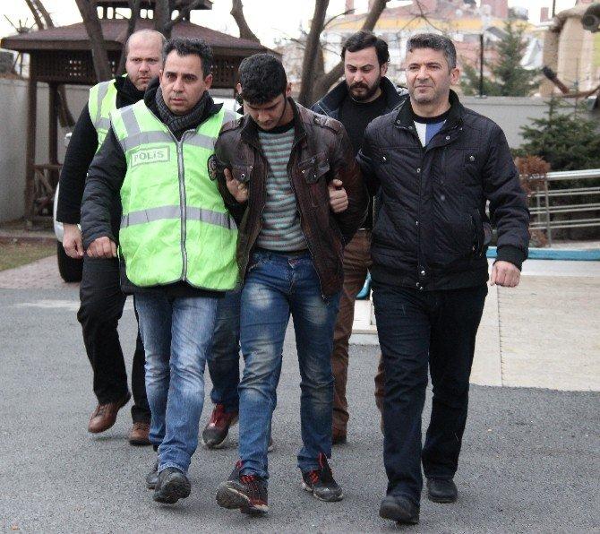 Kameraya El Sallayan Suriyeli Hırsızlar Yakalandı