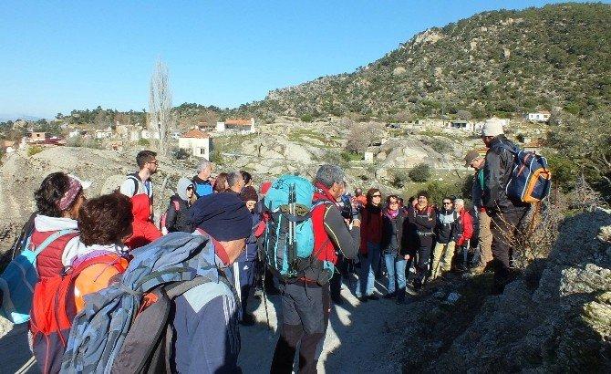 Sökeli Doğa Yürüyüşcüleri Latmos'un Gizemine Yürüdüler