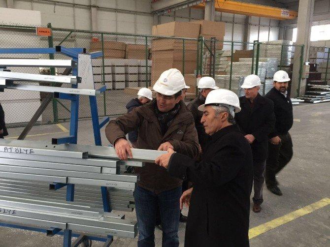 Milletvekili Filiz'den Fabrikalarda İnceleme