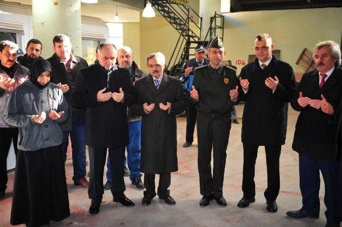 Pazar Yeri Şehitler İçin Yapılan Duayla Açıldı