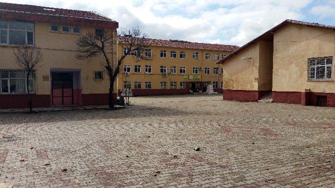 İdil'de Okullar Boş Kaldı