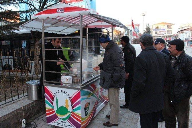 Sungurlu'da Sabahları Ücretsiz Sıcak Çorba İkramı Başladı