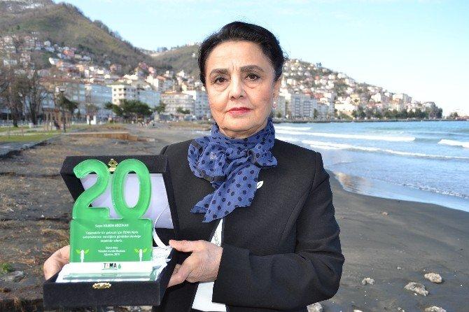 Gözükan'a 20. Yıl Ödülü