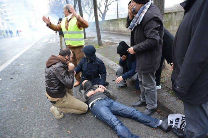 Paris'te PKK Yanlılarına Polis Müdahalesi: 17 Gözaltı