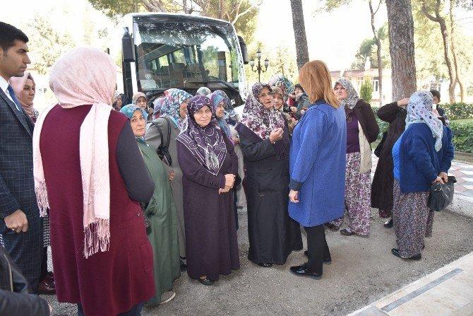 Osmancalılı Bayanlar, Yunusemre'yi Gezdi