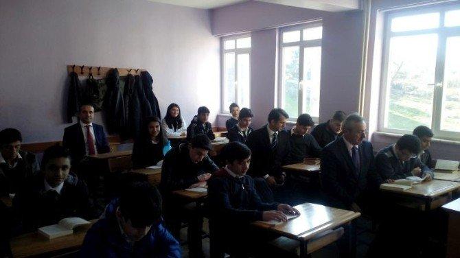Akçakoca'da Kitap Okuma Projesi Devam Ediyor