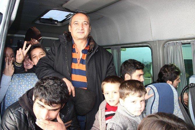 Çoğu Çocuk 109 Göçmen Ölüm Yolculuğuna Çıkmadan Yakalandı
