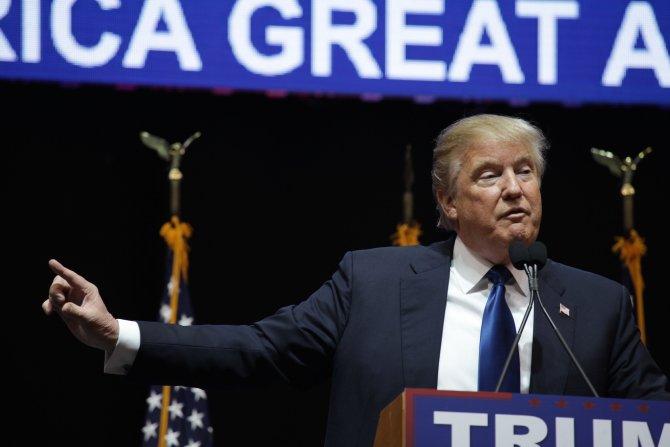 Trump: Meksika sınırına duvar öreceğiz