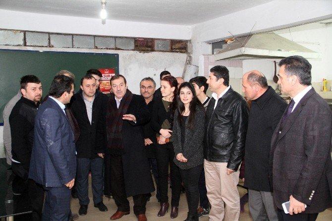Başkan Kadıoğlu'ndan Kayacık Mürsel Köyü Yardımlaşma Derneği'ne Ziyaret