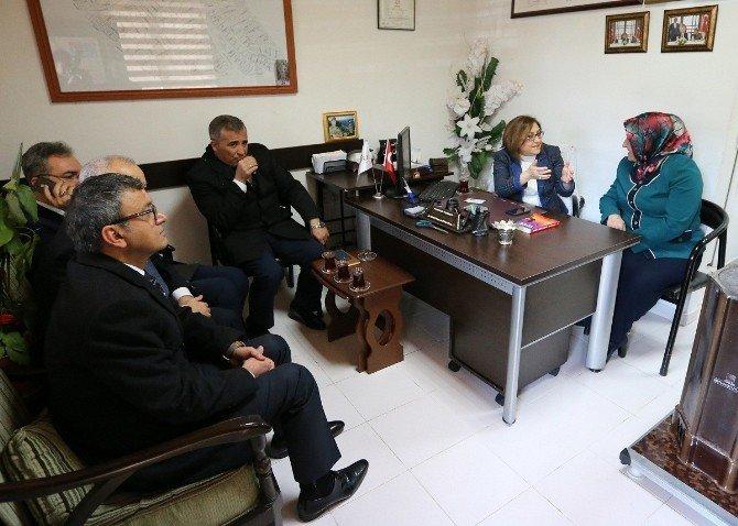 Fatma Şahin, Esnafın Sorunlarını Yerinde Dinliyor
