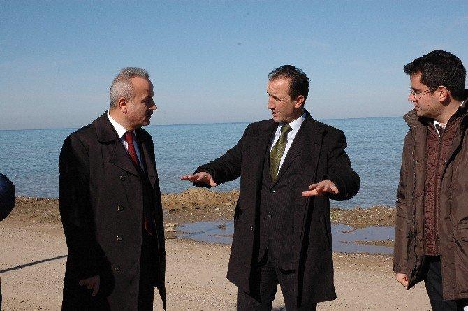 Hanönü Belediye Başkanı Uçar Ayancık Belediye Başkanı Ergün'ü Makamında Ziyaret Etti