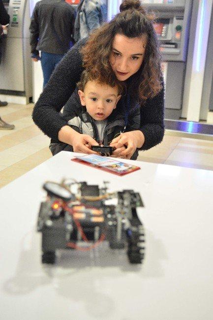 Artık Dijital Dünya Çocuklara Değil Çocuklar Dijitale Yön Verecek