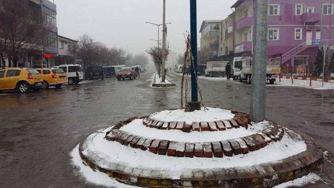 Iğdır'da 23 köy yolu ulaşıma kapandı