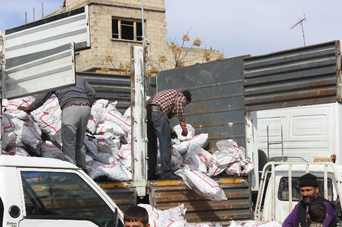Suriyeli Ailelere Kömür Yardımı