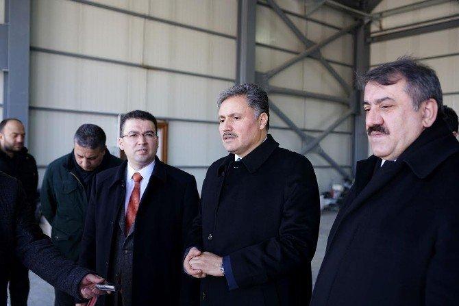 Başkan Çakır, Yeni Merkezde İncelemelerde Bulundu