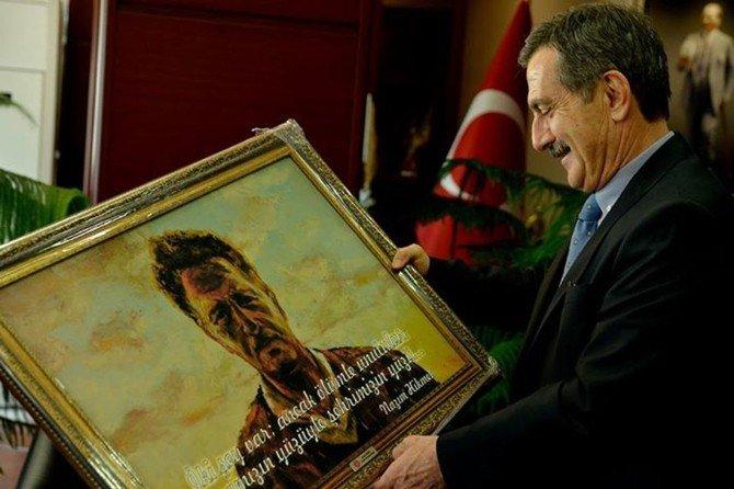 CHP'li En Genç Belediye Başkanı, Ataç'ı Ziyaret Etti
